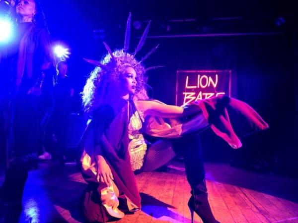 Lion Babe 018